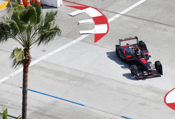 2014/2015 FIA Formula E Championship. Long Beach ePrix, Long Beach, California, United States of America. Friday 3 April 2015 Nick Heidfeld (GER)/Venturi Racing - Spark-Renault SRT_01E  Photo: Jed Leicester/LAT/Formula E ref: Digital Image _JL20224