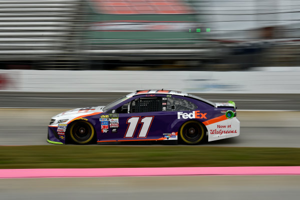 Monster Energy NASCAR Cup Series First Data 500 Martinsville Speedway, Martinsville VA USA Saturday 28 October 2017 Denny Hamlin, Joe Gibbs Racing, FedEx Walgreens Toyota Camry World Copyright: Scott R LePage LAT Images ref: Digital Image lepage-171028-mart-3653