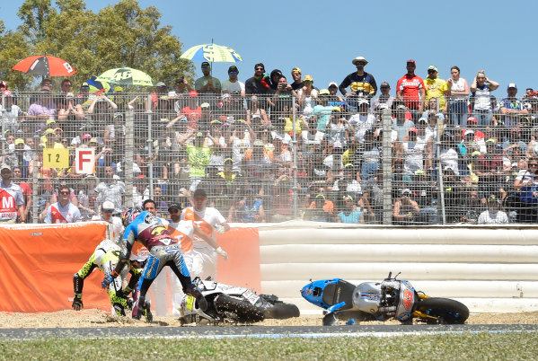 2017 MotoGP Championship - Round 4 Jerez, Spain Sunday 7 May 2017 Jack Miller, Estrella Galicia 0,0 Marc VDS, Alvaro Bautista, Aspar Racing Team crash World Copyright: Gold & Goose Photography/LAT Images ref: Digital Image 16039