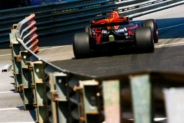 Monte Carlo, Monaco. Thursday 25 May 2017. Daniel Ricciardo, Red Bull Racing RB13 TAG Heuer. World Copyright: Charles Coates/LAT Images ref: Digital Image AN7T2882