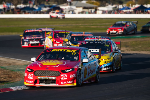 2017 Supercars Championship Round 5.  Winton SuperSprint, Winton Raceway, Victoria, Australia. Friday May 19th to Sunday May 21st 2017. Scott McLaughlin drives the #17 Shell V-Power Racing Team Ford Falcon FGX. World Copyright: Daniel Kalisz/LAT Images Ref: Digital Image 200517_VASCR5_DKIMG_5292.JPG