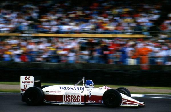 Derek Warwick (GBR), Arrows A10, finished fifth. Formula One World Championship, Rd7, British Grand Prix, Silverstone, England, 12 July 1987.