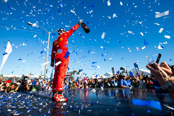 2015/2016 FIA Formula E Championship. Long Beach ePrix, Long Beach, California, United States of America. Sunday 3 April 2016. Lucas Di Grassi (BRA), ABT Audi Sport FE01. Photo: Zak Mauger/LAT/Formula E ref: Digital Image _L0U1843