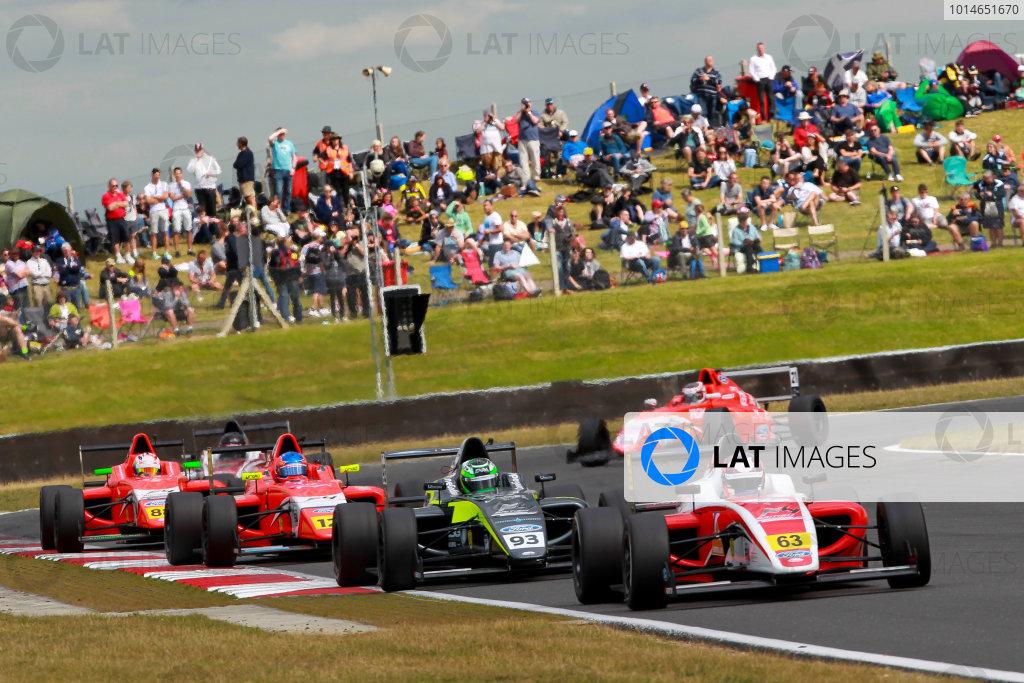 Round 6 - Snetterton, UK