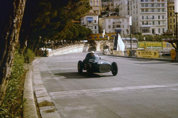 Monte Carlo, Monaco. 16-19 May 1957. Stirling Moss, Vanwall VW3. Ref: 57MON24. World Copyright - LAT Photographic