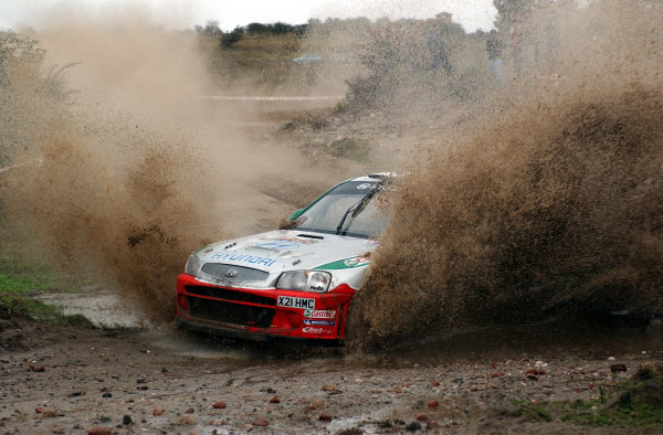 World Rally Championship, Rally of Argentina, May 16-19, 2002.Freddy Loix splashes through water on stage 7.Photo: Ralph Hardwick/LAT