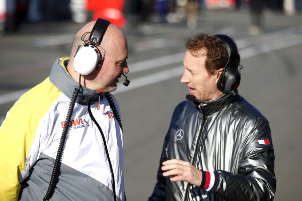 Hans Peter Naundorf, Team manager ROWE Racing and Thomas Jäger, AMG Customer Racing.