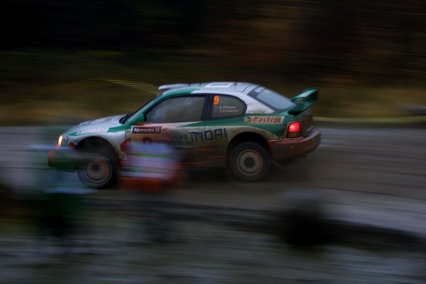 2001 FIA World Rally Championship.Rally Of Great Britain. Cardiff, Wales. November22-25th.Kenneth Erikkson, Hyundai Accent WRC.Stage Fourteen.Photo: Paul Dowker/LAT Photographic.World - LAT Photographic.8 9mb DIgital File Only