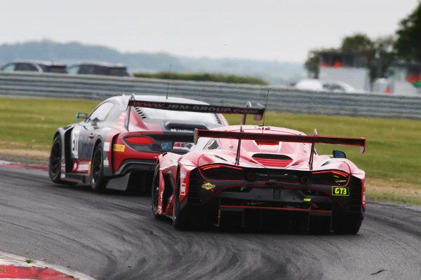 Seb Morris / Rick Parfitt Jnr JRM Racing Bentley Continental GT3 and Shaun Balfe / Rob Bell Balfe Motorsport McLaren 720S GT3