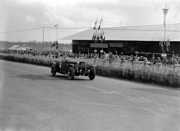 1929 Le Mans 24 hours.Le Mans, France. 15-16 June 1929.Edouard Brisson/Louis Chiron (Stutz DV).Ref-Motor 705/10.World Copyright - LAT Photographic