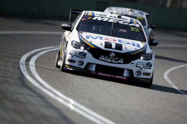 James Courtney, Walkinshaw Andretti United, Holden