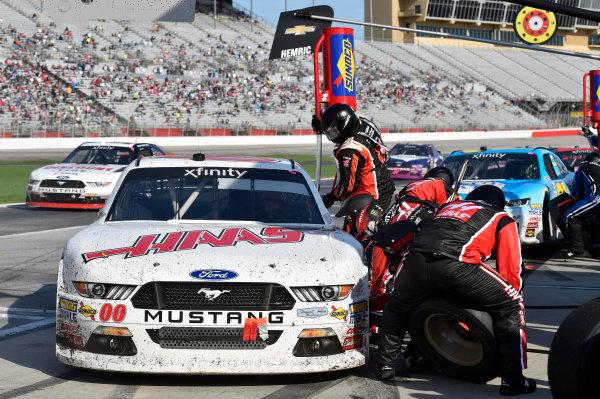 2017 NASCAR XFINITY Series - Rinnai 250 Atlanta Motor Speedway, Hampton, GA USA Saturday 4 March 2017 Cole Custer pit stop World Copyright: Nigel Kinrade/LAT Images ref: Digital Image 17ATL1nk05709