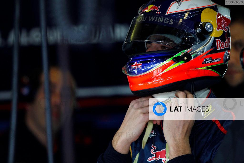 Albert Park, Melbourne, Australia25th March 2011.Daniel Ricciardo, Toro Rosso STR6 Ferrari.World Copyright:Andrew Ferraro/LAT Photographicref: Digital Image _Q0C7239
