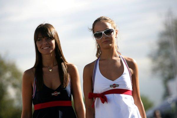 2007 Italian Grand Prix - ThursdayAutodromo di Monza, Monza, Italy.6th September 2007.Martini girls on show in the paddock. Glamour. Atmosphere.World Copyright: Andrew Ferraro/LAT Photographicref: Digital Image VY9E9158