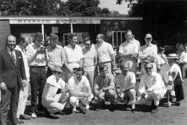 1968 British Grand Prix cricket match Brands Hatch, Great Britain. 21 July 1968 The team for the traditional post-GP cricket match, back row, left-to-right: Les Leston, Richard Attwood, Piers Courage, Jochen Rindt, Graham Hill, Charles Lucas (behind), Pedro Rodriguez, Denny Hulme, Robin Widdows and Peter Proctor. Front row: Innes Ireland, Bruce McLaren, Chris Amon, Stirling Moss, Colin Chapman and Peter Jopp. The Grand Prix Drivers XI lost to Lord Bradbourne's XI, portrait, atmosphere World Copyright: LAT PhotographicRef: b&w print