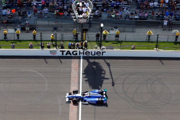 Verizon IndyCar Series Indianapolis 500 Race Indianapolis Motor Speedway, Indianapolis, IN USA Sunday 28 May 2017 Takuma Sato, Andretti Autosport Honda drives under the checkered flag to win the 2017 Indianapolis 500 World Copyright: Russell LaBounty LAT Images