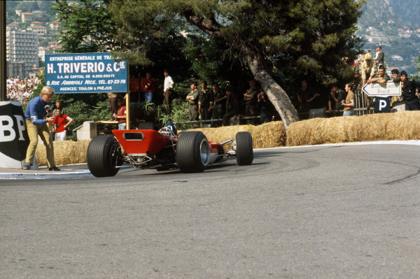 Monte Carlo, Monaco. 23-26 May 1968. Graham Hill (Lotus 49B Ford) 1st position. Ref-68MON07. World Copyright - LAT Photographic