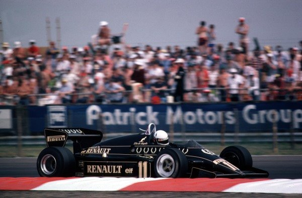 1983 British Grand Prix.Silverstone, Great Britain.14-16 July 1983. Elio de Angelis (Lotus 93T Renault).World Copyright - LAT Photographic