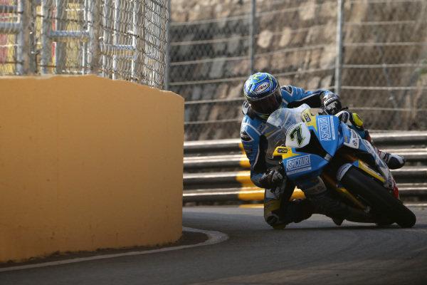 Gary Johnson, Ashcourt Racing BMW HP4 Carbon.