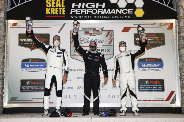 #52 PR1 Mathiasen Motorsports ORECA LMP2 07, LMP2: Patrick Kelly, Spencer Pigot, podium