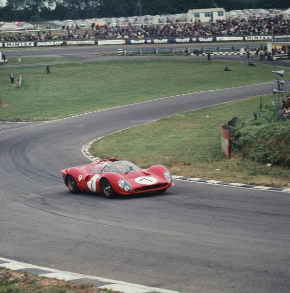 1967 BOAC 500.Brands Hatch, Great Britain.30 July 1967.Ludovico Scarfiotti/Peter Sutcliffe (Ferrari 330P4), 5th position.Ref-3/3121.World - LAT Photographic