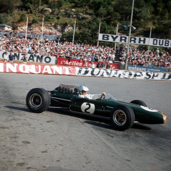 Monte Carlo, Monaco.28-30 May 1965.Denny Hulme (Brabham BT7 Climax).Ref-3/1638.World Copyright - LAT Photographic
