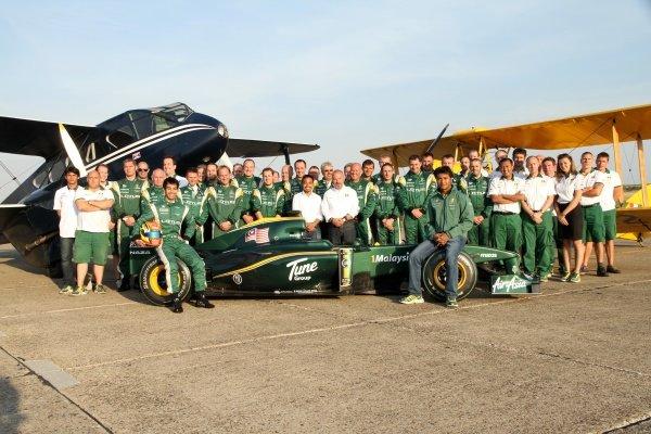 Nabil Jeffri (MAL) Lotus and the Lotus Team. Lotus F1 Aero Testing, Duxford Aerodrome, Duxford, England, 1 September 2010.