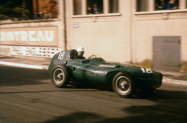 Monte Carlo, Monaco. 16-19 May 1957. Stirling Moss (Vanwall VW3). Ref-57 MON 19. World Copyright - LAT Photographic