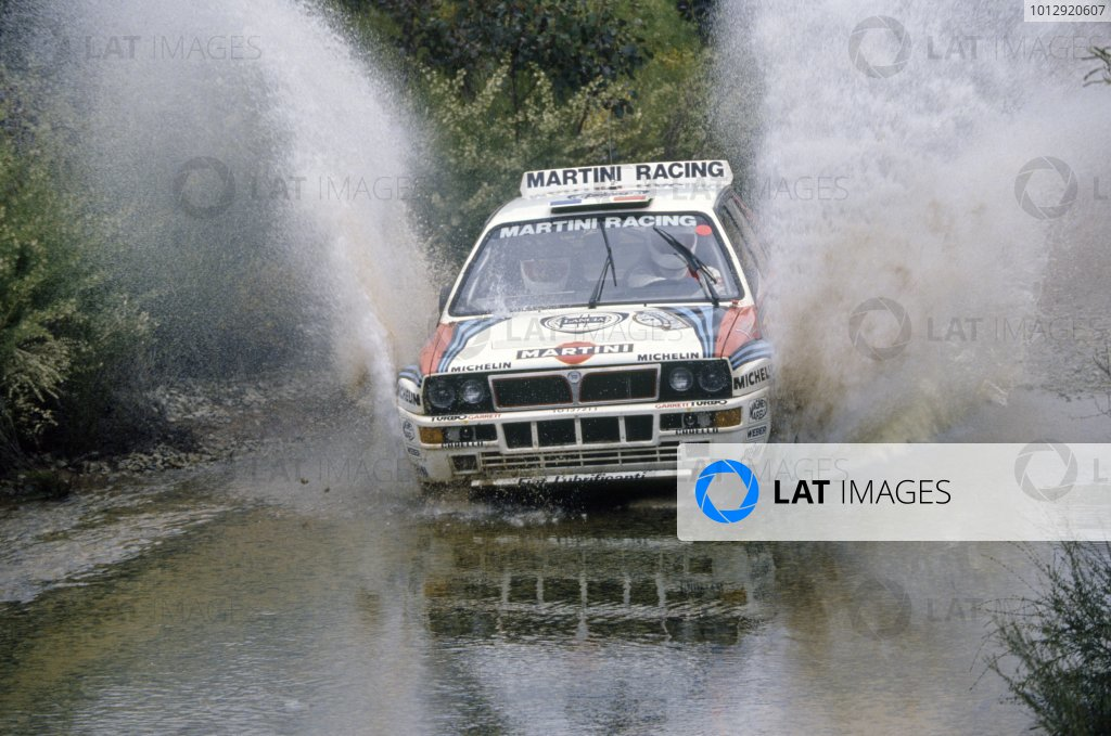 1992 World Rally Championship.Australian Rally, Australia. 19-22 September 1992.Didier Auriol/Bernard Occelli (Lancia Delta HF Integrale), 1st position.World Copyright: LAT PhotographicRef: 35mm transparency 92RALLY08