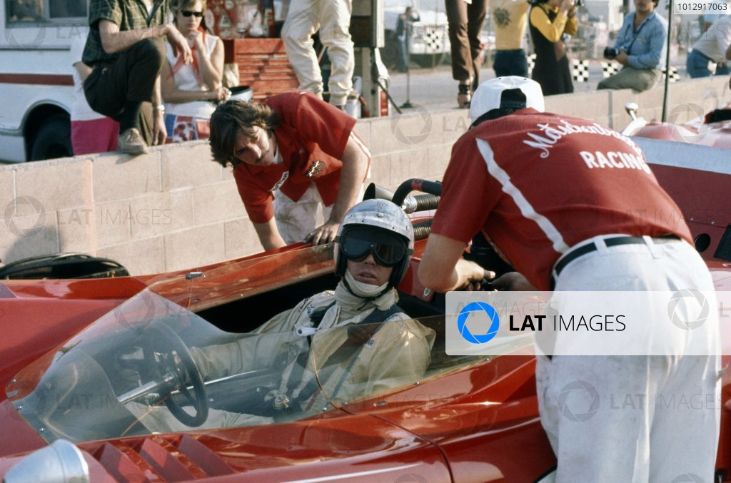 1970 Can-Am Challenge Cup.CanAm race. Riverside, California, United States (USA). 1 November 1970.Lothar Motschenbacher (McLaren M12-Chevrolet), 5th position, in the pits.World Copyright: LAT PhotographicRef: 35mm transparency 70CANAM26