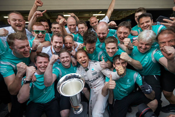 Shanghai International Circuit, Shanghai, China. Sunday 17 April 2016. Nico Rosberg, Mercedes AMG, 1st Position, and the Mercedes team celebrate victory after the race. World Copyright: Steve Etherington/LAT Photographic ref: Digital Image SNE22047