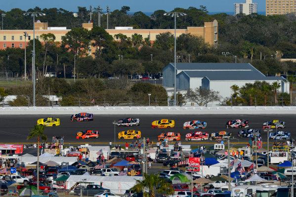 13-21 February, 2016, Daytona Beach, Florida USA Frame 2: Leader Matt Kenseth, Dollar General Toyota Camry throws a block on Denny Hamlin, FedEx Express Toyota Camry through turns 3 and 4 on the final lap. ?2016, F. Peirce Williams LAT Photo USA