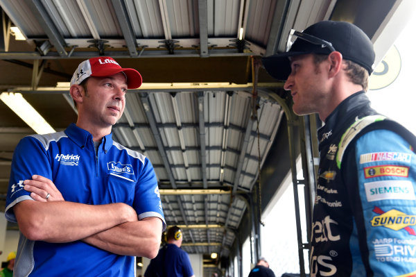 30 June-2 July, 2016, Daytona Beach, Florida USA Kasey Kahne and Chad Knaus ?2016, Nigel Kinrade LAT Photo USA