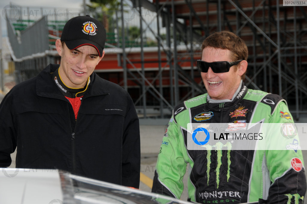 18-20 December, 2009, Daytona Beach, Florida USAJames Buescher and Ricky Carmichael share a joke.©2009, Paul Webb, USALAT Photographic