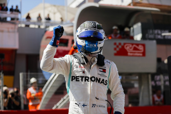 Pole Sitter celebrates Valtteri Bottas, Mercedes AMG W10 in Parc Ferme