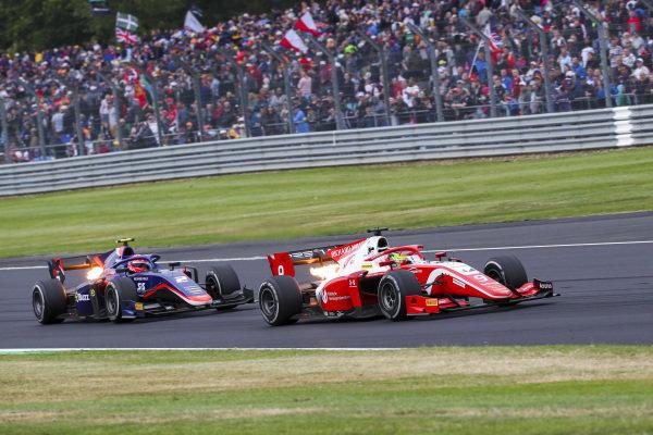 Mick Schumacher (DEU, PREMA RACING) and Nobuharu Matsushita (JPN, CARLIN)