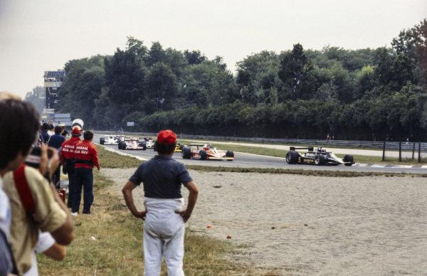 Mario Andretti, Lotus 79 Ford leads Gilles Villeneuve, Ferrari 312T3.