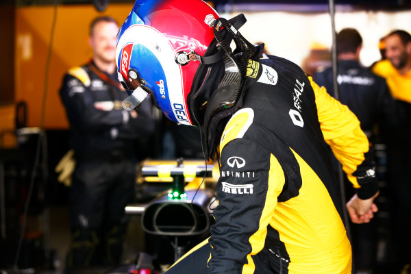 Suzuka Circuit, Japan. Sunday 08 October 2017. Jolyon Palmer, Renault Sport F1. World Copyright: Andy Hone/LAT Images  ref: Digital Image _ONY8533