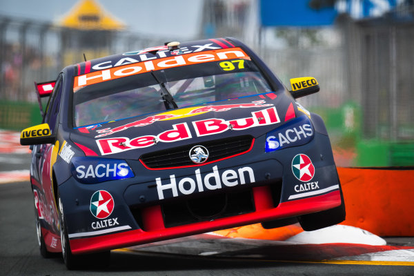 2017 Supercars Championship Round 12.  Gold Coast 600, Surfers Paradise, Queensland, Australia. Friday 20th October to Sunday 22nd October 2017. Shane van Gisbergen, Triple Eight Race Engineering Holden.  World Copyright: Daniel Kalisz/LAT Images Ref: Digital Image 201017_VASCR12_DKIMG_0529.jpg