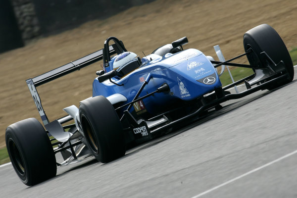 Brands Hatch, Kent. 18th - 20th September 2009.Carlos Huertas (COL) - Raikkonen Robertson Racing Dallara MercedesWorld Copyright: Ebrey/LAT Photographic.