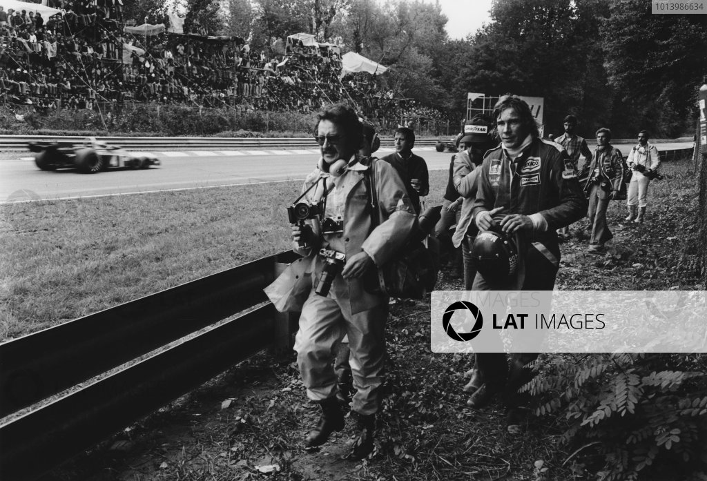 Monza, Italy. 10th - 12th September 1976. James Hunt (McLaren M23-Ford), retired, portrait.  World Copyright: LAT Photographic. Ref: SL76 - 540 - 11-11A.