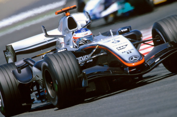 2005 French Grand Prix. Magny-Cours, France. 1st - 3rd July 2005 Kimi Raikkonen, McLaren Mercedes MP4-20. Action. World Copyright: Lorenzo Bellanca/LAT Photographic Ref: 35mm Image A08