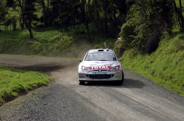 Harri Rovanpera (FIN) / Voitto Silander (FIN) Peugeot 206 WRC.