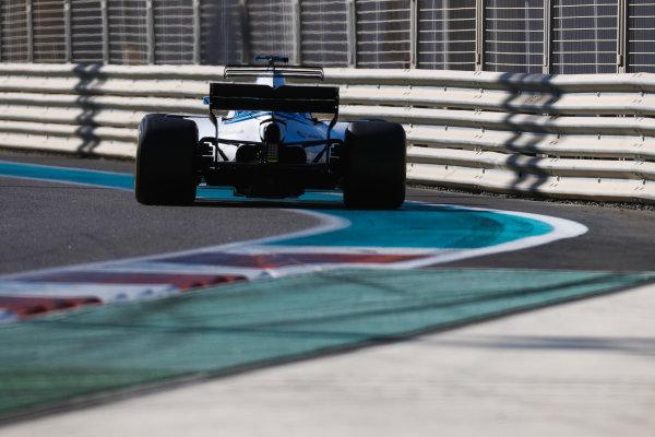Yas Marina Circuit, Abu Dhabi, United Arab Emirates. Wednesday 29 November 2017. Sergey Sirotkin, Williams FW40 Mercedes.  World Copyright: Zak Mauger/LAT Images  ref: Digital Image _56I6351