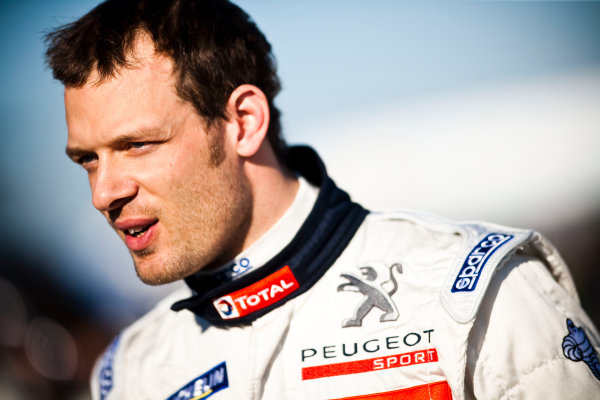 Sebring 12 Hours, Florida. 17th - 20th March 2010.  Alexander Wurz, (Team Peugeot, Peugeot 908 HDI FAP).  Portrait.  World Copyright: Drew Gibson/LAT Photographic. ref: Digital Image _Y8P4275