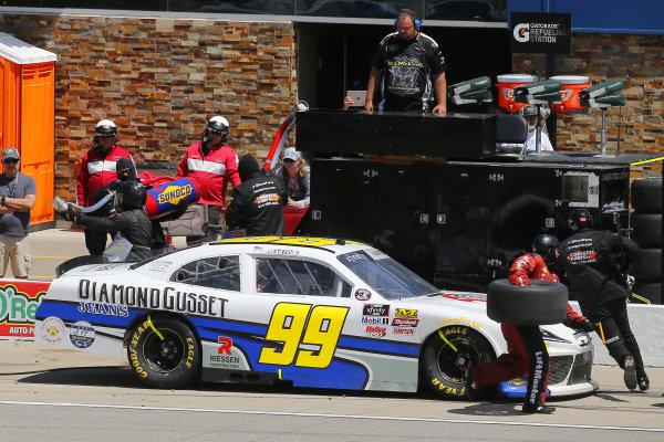 #99: Tommy Joe Martins, B.J. McLeod Motorsports, Toyota Supra Diamond Gusset Jeans pit stop