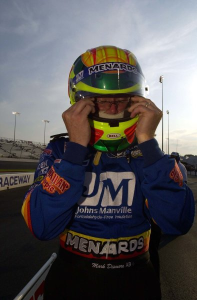 IRL SunTrust Indy Challenge at Richmond International Raceway, Richmond,Virginia, USA 29 June,2002 Mark Dismore prepares for qualifying