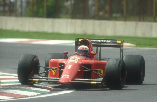 1990 Mexican Grand Prix.Mexico City, Mexico.8-10 June 1990.Alain Prost (Ferrari 641) 1st position. Ref-90 MEX 03.World Copyright - LAT Photographic