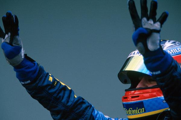 2005 European Grand Prix Nurburgring, Germany. 27th - 29th May. Fernando Alonso, Renault R25 celebrates his victory World Copyright: LAT Photographicref: 35mm Image: 05Monaco02