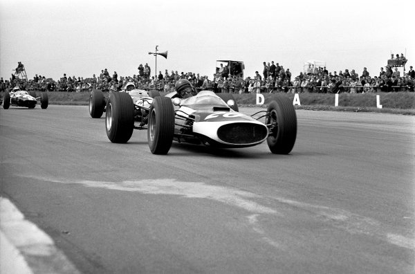 1965 British Grand Prix.Silverstone, Great Britain. 10 July 1965.John Rhodes (Cooper T60-Climax), retired.World Copyright: LAT PhotographicRef: L65-333/22A